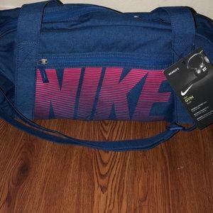 Nike Women's Duffle Bag
